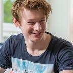 Studenten Astrum College leren werken met nieuwste zorgsystemen